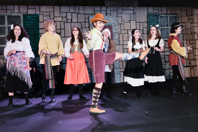 cambria-ca-cuhs-drama-production-young-frankenstein-0508